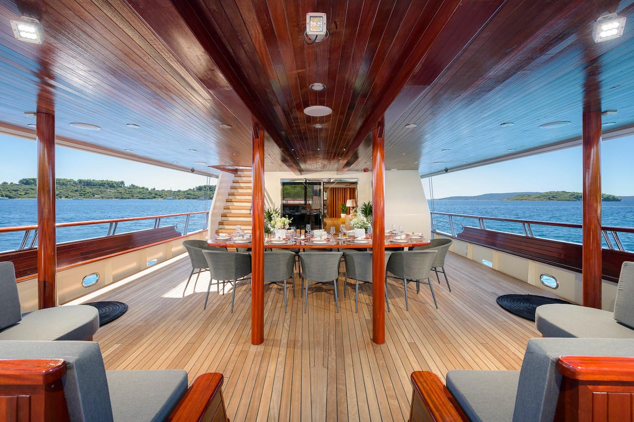 MV Krstarenje